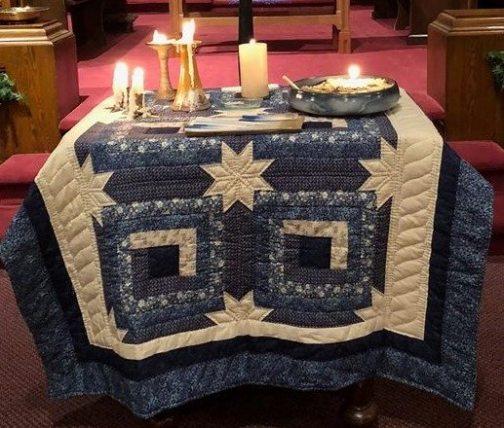 blue christmas quilt