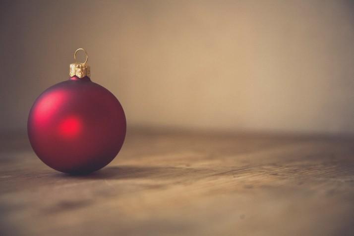 christmas-christmas-ball-christmas-ornament-214238